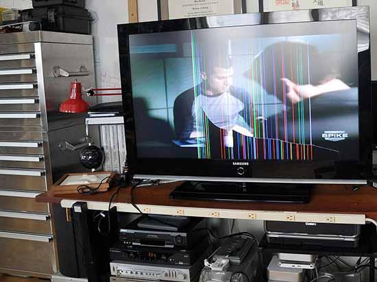 Sửa tivi sọc màn hình giá rẻ Hà Nội - Sửa tivi Hà Nội