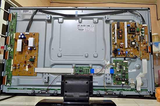 Sửa tivi tại nhà giá rẻ quận Hà Đông - Sửa tivi tại nhà