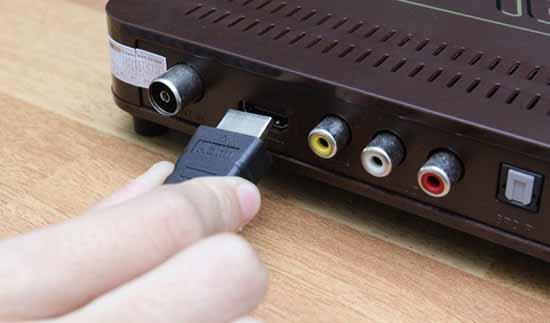 Kiểm tra đầu kết nối, dây kết nối với các thiết bị khác