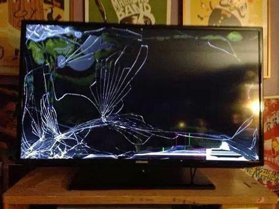 Thay màn hình tivi LCD Samsung giá rẻ tại Hà Nội