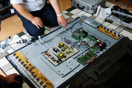 Dịch vụ sửa tivi Sony tại nhà tốt nhất Hà Nội 03
