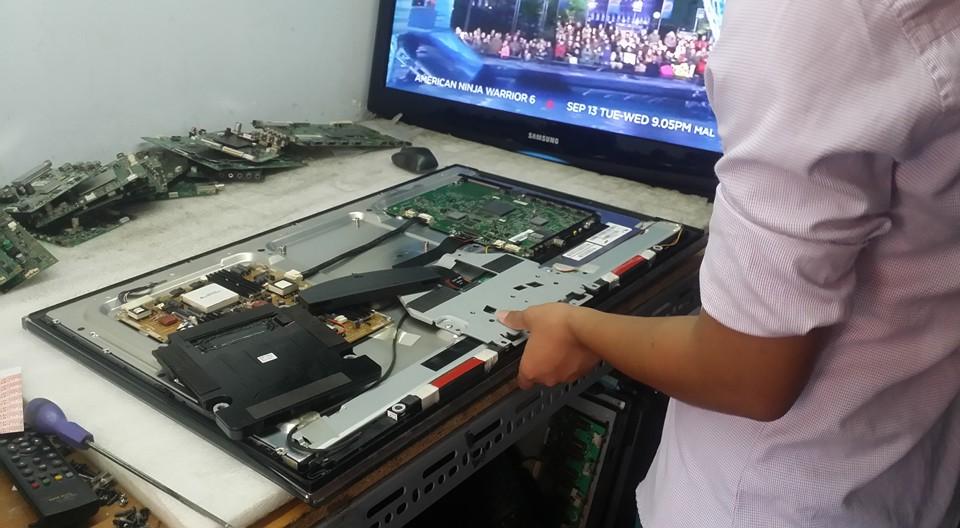 Dịch vụ sửa tivi tại Linh Đàm uy tín và chất lượng 01