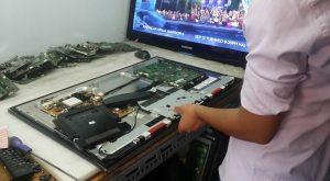 Dịch vụ sửa tivi LCD tại Hà Nội uy tín và chất lượng 3